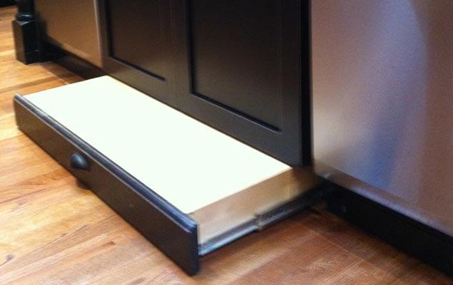 Pleasant Thinking Toe Kick Step Stool Heres Another Option Evergreenethics Interior Chair Design Evergreenethicsorg